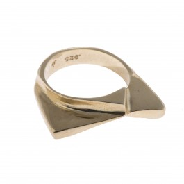 Sharkfin Ring